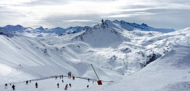 Hit the Slopes: Outdoor Recreation offers winter sport trips