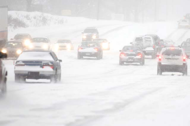 """Photos.com German federal law mandates the use of winter tires under adverse road conditions, whether icy, snow covered, or snow slush or mud. While there is no specific time period during which winter tires are required, many German drivers use the rule of thumb """"von O bis O"""" — from O to O — meaning snow tires should be put on in October and remain on until Ostern (Easter)."""