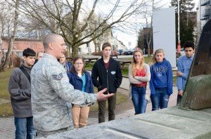 Students experience mobile tactical communications