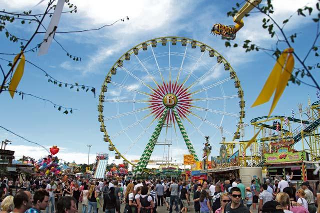 Stuttgart s fr hlingsfest celebrates spring for Roller in stuttgart