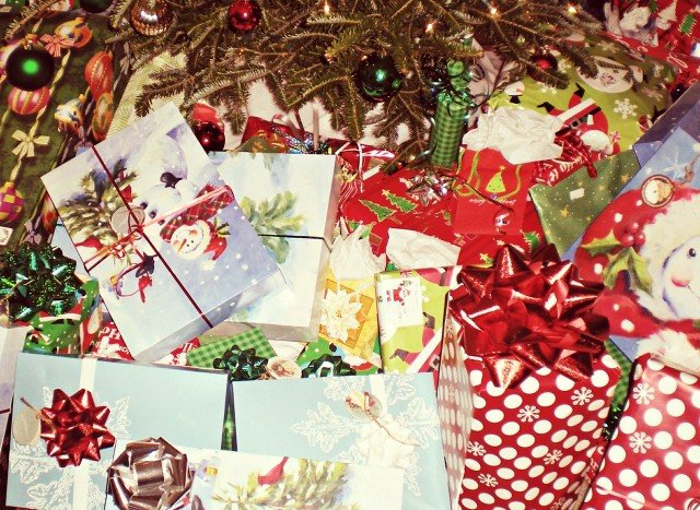 Go 'green' this holiday season with eco-friendly tips