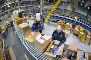 Customs pamphlet can ease holiday mail rush