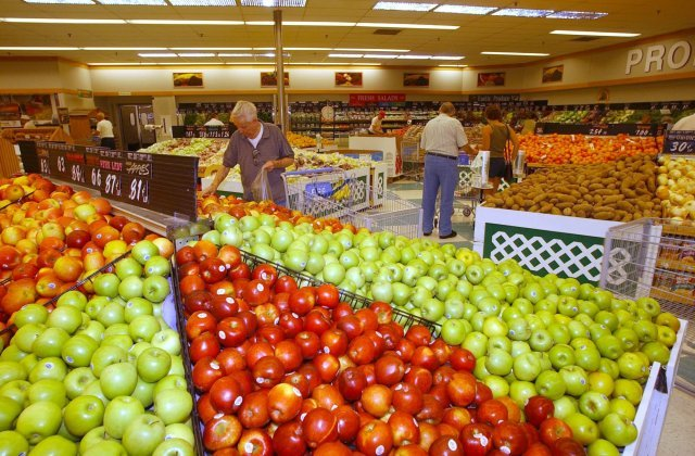 DeCA to airlift certain products to Pacific commissaries