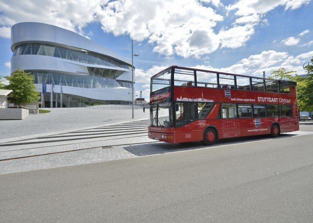 'Hop on Hop off:' Tour Stuttgart by bus