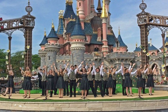 PHS Harmony Choir performs at Disneyland