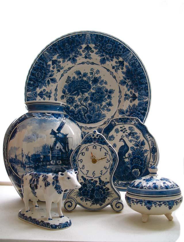 Blue pottery Nieuwenhuijzen, Delft Pottery