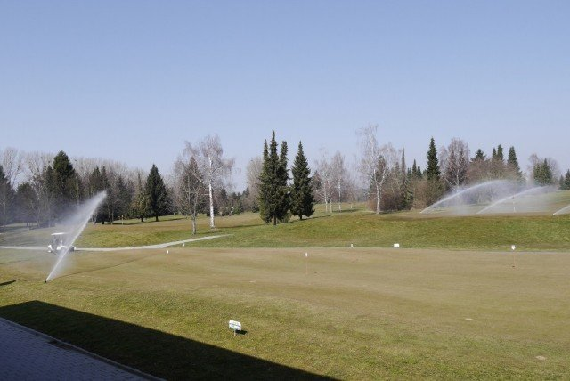 Golf course saves water where it counts