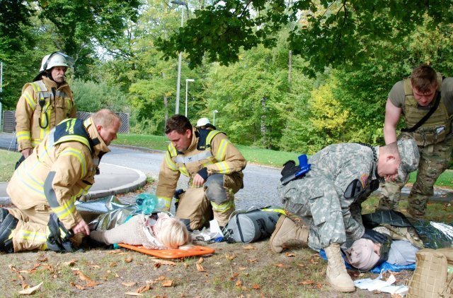 Exercise tests German-American emergency response