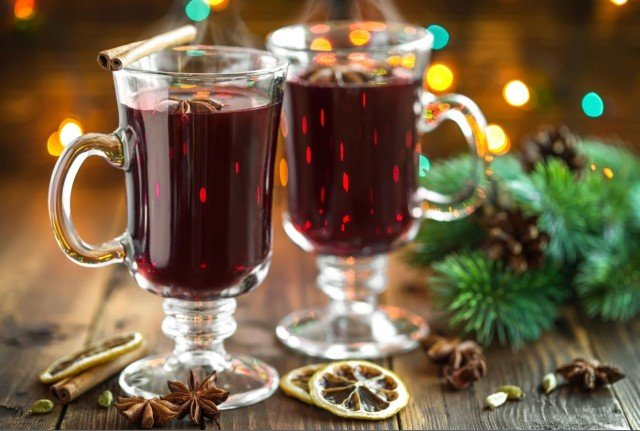 German Recipe: Glühwein or spiced wine