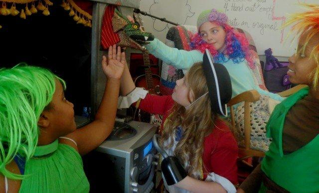 Stuttgart Elementary students encourage reading