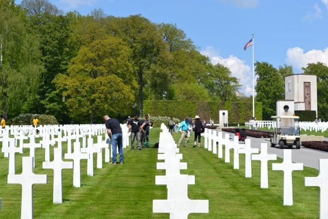 Stuttgart personnel volunteer at Luxembourg American Cemetery