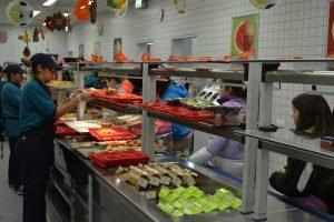 Netzaberg-Middle-School-Lunch-10-300x200 Exchange school lunch