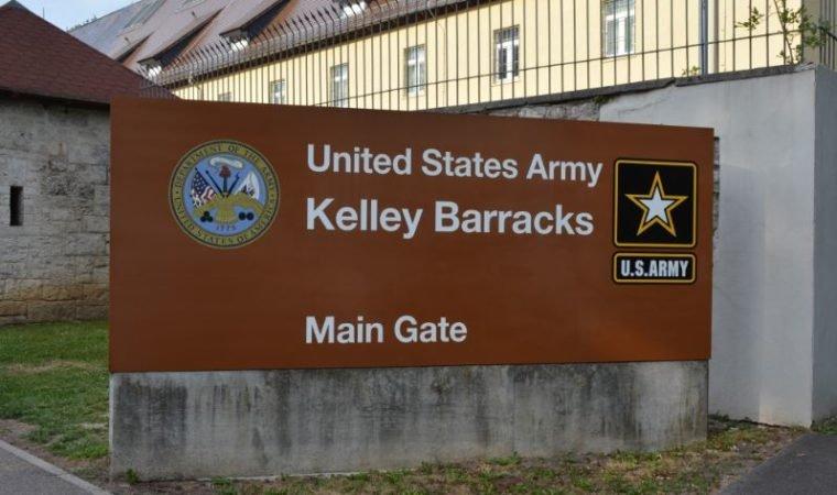 DES advises of brief Kelley main gate closure, May 23