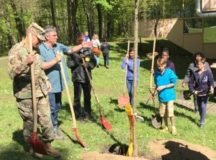 Earth Day is celebrated by a tree planting ceremony featuring Waldmeister Andreas Ganz and garrison commander Col. Glenn K. Dickenson at Patch Middle School, May 10, 2017. Photo by John Reese, USAG Stuttgart Public Affairs