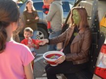 Hundreds participate in 5k, fest and Halloween fun