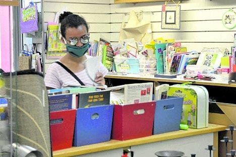 Thrift Shop seeks volunteers